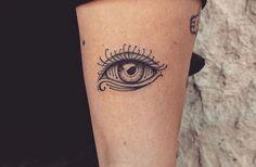 Ojo Tattoo, Hamsa Tattoo, Sternum Tattoo, Back Tattoo, Leg Tattoos, Body Art Tattoos, Small Tattoos, Cool Tattoos, Tatoos