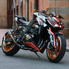 Kawasaki Z 1000 Kawasaki Cafe Racer, Kawasaki Motorcycles, Cool Motorcycles, Moto Bike, Motorcycle Bike, Z 1000, Dirtbikes, Super Bikes, Street Bikes
