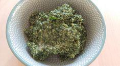 Recept vegan pesto met zevenblad: koken met onkruid! #groen #geluk #eigenwijs #blij Geluk, Pasta, Herbs, Food, Essen, Noodles, Yemek, Herb, Spice