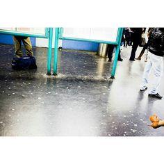 Emptiness #skantzman #manolisskantzakis #photography #paris #metro #châtelet #colour #velvia #people #fujix100t
