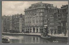 Prentbriefkaart van Maison de Bonneterie aan het Rokin, ca. 1920. Alle filialen gaan in de zomer van 2014 voorgoed sluiten.......