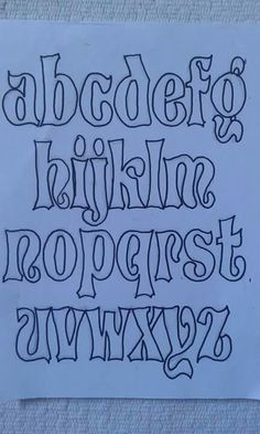 Monograma Graffiti Lettering Fonts, Tattoo Lettering Fonts, Doodle Lettering, Creative Lettering, Lettering Styles, Block Lettering, How To Write Calligraphy, Calligraphy Alphabet, Calligraphy Fonts