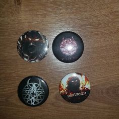 #disturbed#4#buttons#button#pin#pins#metalpins#metal#oberbayern#bayern#bavaria#deutschland#germany  #gekauft#kommen#aus#portugal #from#portugal by floki97