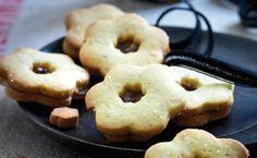 Mandelsmåkager med chokonøddecreme - alternativ julebag.