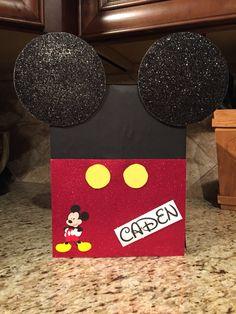 Mickey Mouse Valentine's Box