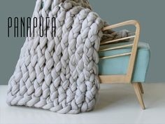 YARN BLANKETKnitted throwKnit blanket chunkyChunky by PANAPUFA