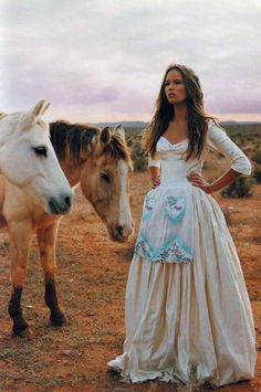 Prairie girls and horses! LOVE this picture! <3