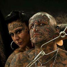 Cresta Metálica Producciones » Venezuela Expo Tattoo 2014 trae al matrimonio más modificado del mundo Victor y Gabriela Peralta estrenando RECORD GUINNESS!!!
