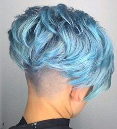 All sizes | 2017-01-11_105700 | Flickr - Photo Sharing! Pompadour Hairstyle, Undercut Hairstyles, Short Bob Hairstyles, Cool Hairstyles, Haircuts, Funky Short Hair, Short Hair Cuts, Short Hair Styles, Green Hair