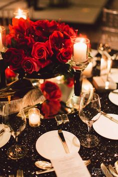 Royal Red floral #centrepieces for an ultra-stylish wedding | Photography by Purple Tree photography | WedLuxe Magazine