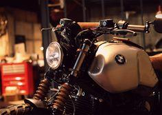 BMW NineT Scrambler par l'atelier BAAK Motocyclettes à Lyon