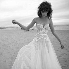 D R E A M Y wedding dress inspiration via @lizmartinezbridal
