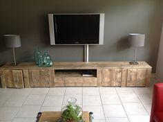 Tv meubel van oud steigerhout met 4 deuren en open vak (1720141155)