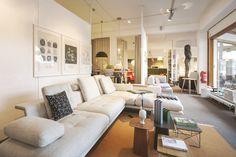 Hersteller: Vitra /// Produkt: Grand Sofà /// Designer: Antonio Citterio, 2017 Sofa, Couch, Home Furnishings, Interior, Furniture, Home Decor, Craft Work, Products, Living Room