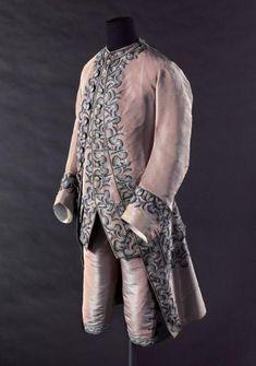 Habit à la française, veste et culotte | Paris Musées