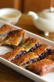 DimSumptuous: Chinese Red Bean Pancake 豆沙鍋餅
