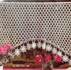 Crochet Knitting Handicraft: Curtains with charts. Lots of beautiful curtains in different language. Crochet Stitches Patterns, Thread Crochet, Knit Or Crochet, Filet Crochet, Crochet Motif, Crochet Designs, Crochet Doilies, Irish Crochet, Crochet Curtain Pattern