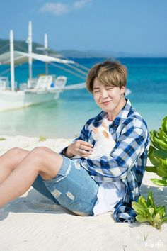 Jimin and a cute kitty!