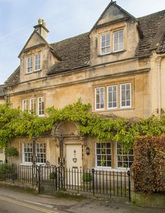 A beautiful 18th century house in Box, Wiltshire