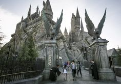 Muggles, rejoice! TheWizarding World of Harry Potter is now open atUniversal Studios Hollywood, conjuring up a portkey in Hollywood that lands you directly in Hogsmeade.Snack on chocolate frogs, sip Butterbeer, peruse magic wands, andbrave an in-the-dark, 3D journey through Hogwarts castle. While you can read about the new world everywhere, only Red Tricycle is giving you all the deets...
