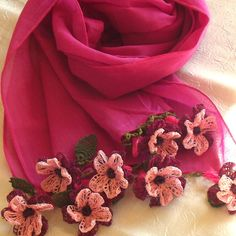 Stoles – Turkish OYA Lace - Flower stole - Berry pink – a unique product by DAISYcappadocia on DaWanda