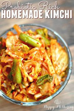 Easy Homemade Kimchi Have you ever had Kimchi at a Korean restaurant and wished you could enjoy it at home? We'll show you just how easy it is to make authentic homemade kimchi. Veggie Recipes, Asian Recipes, Real Food Recipes, Cooking Recipes, Healthy Recipes, Dinner Recipes, Ethnic Recipes, Cooking Tools, Cooking Ideas