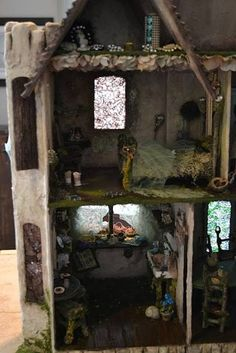 41 Dollhouses That Will Make Wish You Were A Tiny Doll. I had no idea what I was missing out on!