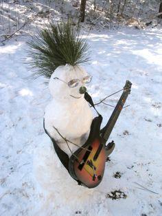 Normally I hear about the 'threat' of snow a week beforehand. Winter Kids, Winter Christmas, Snow Sculptures, Metal Sculptures, Bronze Sculpture, Wood Sculpture, Snow Crafts, Funny Snowman, Snow Activities