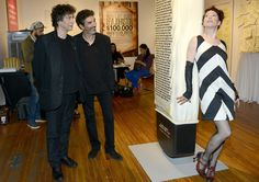 Neil Gaiman and Amanda Palmer Photos Photos - Zimbio