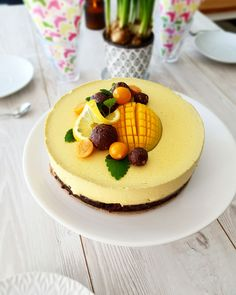 Organic By Mommy – Naturlig mat för alla, hälsa & feel good Mango Mousse, No Bake Desserts, Dessert Recipes, Lchf, Happy Foods, Sweet Tarts, Vegan Cake, Vegan Baking, Vegan Snacks