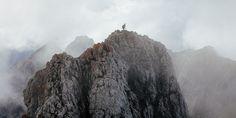 Climbing - Organic themes, Lone Trekker