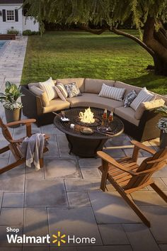 With a firepit & some outdoor lighting, the party doesn't have to stop when th. With a firepit & s Casa Patio, Backyard Patio, Backyard Landscaping, Landscaping Ideas, Florida Landscaping, Outside Patio, Outside Living, Outdoor Rooms, Outdoor Living