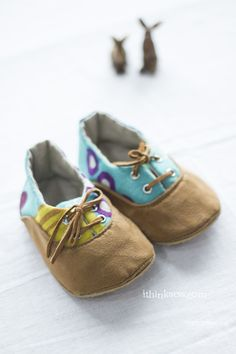 674 Kath Baby Shoes PDF Pattern 35% Off! - ithinksew.com
