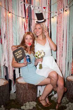 21 Impresionantes telones de fondo para el photobooth de tu boda
