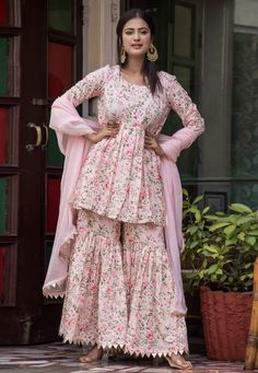 Rose pink sharara kameez with dupatta. Fabric: CottonWork: PrintedMatching bottom and dupatta comes with this. Sharara Designs, Kurta Designs Women, Kurti Designs Party Wear, Simple Kurti Designs, Salwar Kameez, Patiala, Sharara Suit, Stylish Dress Designs, Stylish Dresses