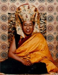 Thrangu Rinpoche:  Next, with regard to meditation, it says, If there is no distraction, that is the monarch among all meditations. .... but what is being pointed out by Tilopa here is that this is not at all what meditation is. Meditation is simply not straying from or not being distracted from this looking at or awareness of our mind as it is. And our mind as it is is empty, Commentary on Tilopa's Ganges Mahamudra  Tibetan Buddhism