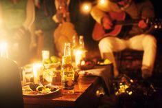 豪華な設備でアウトドアの開放感を満喫する「グランピング」。去年から日本でもチラホラ話題になっていますが、まだ体験したことがない人にオススメのイベントが2016年1月30日、31日に開催される『CORONA ESCAPE VILLAGE』です。世界で一番人気のあるリゾートビール「コロナ・エキストラ」が主催するだけあって、ただ豪華なだけじゃありません。DJあり、ワークショップありとエンタメも充実...
