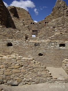 Remnants of a Chaco dwelling, Chaco Culture National Historical Park, between Albuquerque and Farmington, New Mexico by Carol Komassa