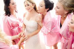 Should I hire a wedding planner? 5 reasons...