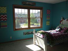 Pre teen girls room