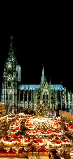 Cologne Christmas Market at night with Cathedral in the back.      |    25 Impressive photos of Christmas celebrations around the World. #17 Is Awesome!
