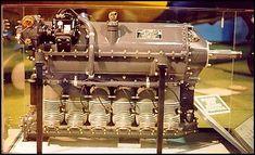 Ranger L-440, motor em linha invertido de seis cilindros refrigerado por ar, usado no Fairchild PT-19.