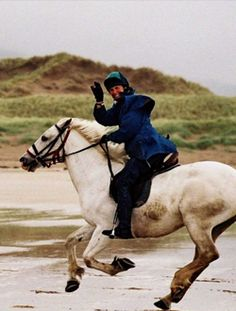 Horse trail riding holidays in West Kerry#WhyILoveMe @troxelhelmets
