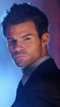 he's just soooo handsome! Elijah Vampire Diaries, Vampire Diaries The Originals, Daniel Gillies, Tv Actors, Actors & Actresses, Beautiful Boys, Gorgeous Men, Chad Micheals, Elijah The Originals