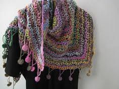 Resultado de imagen para bufanda triangular a crochet ravelry