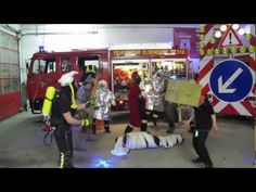 Harlem Shake (Feuerwehr Elsendorf) Harlem Shake, Bergen, Firefighter, Basketball Court, Wrestling, My Love, Sports, Fire Department, Thanks