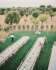 33 Top Floral Designers to Book for Your Wedding Rustic Wedding Venues, Wedding Vendors, Wedding Reception, Wedding Tables, Wedding Decor, Wedding Rings, Wedding Hire, Diy Wedding, Wedding Music