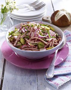 Unser beliebtes Rezept für Fixer Leberkäs'-Salat und mehr als 55.000 weitere kostenlose Rezepte auf LECKER.de.