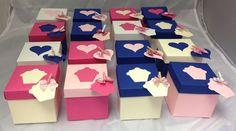 10 x 7 cm interlocking lid and base cupcake/favour/gift box with cupcake design