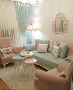 9 Stupefying Diy Ideas: Shabby Chic Desk Old Doors shabby chic vanity doors.Shab… - Decoration, Room Decoration, Decoration Appartement, Home Decor, Bedroom Decor Shabby Chic Decor Living Room, Chic Living Room, Shabby Chic Bedrooms, Shabby Chic Homes, Shabby Chic Furniture, Home Living Room, Bedroom Decor, Wall Decor, Furniture Dolly